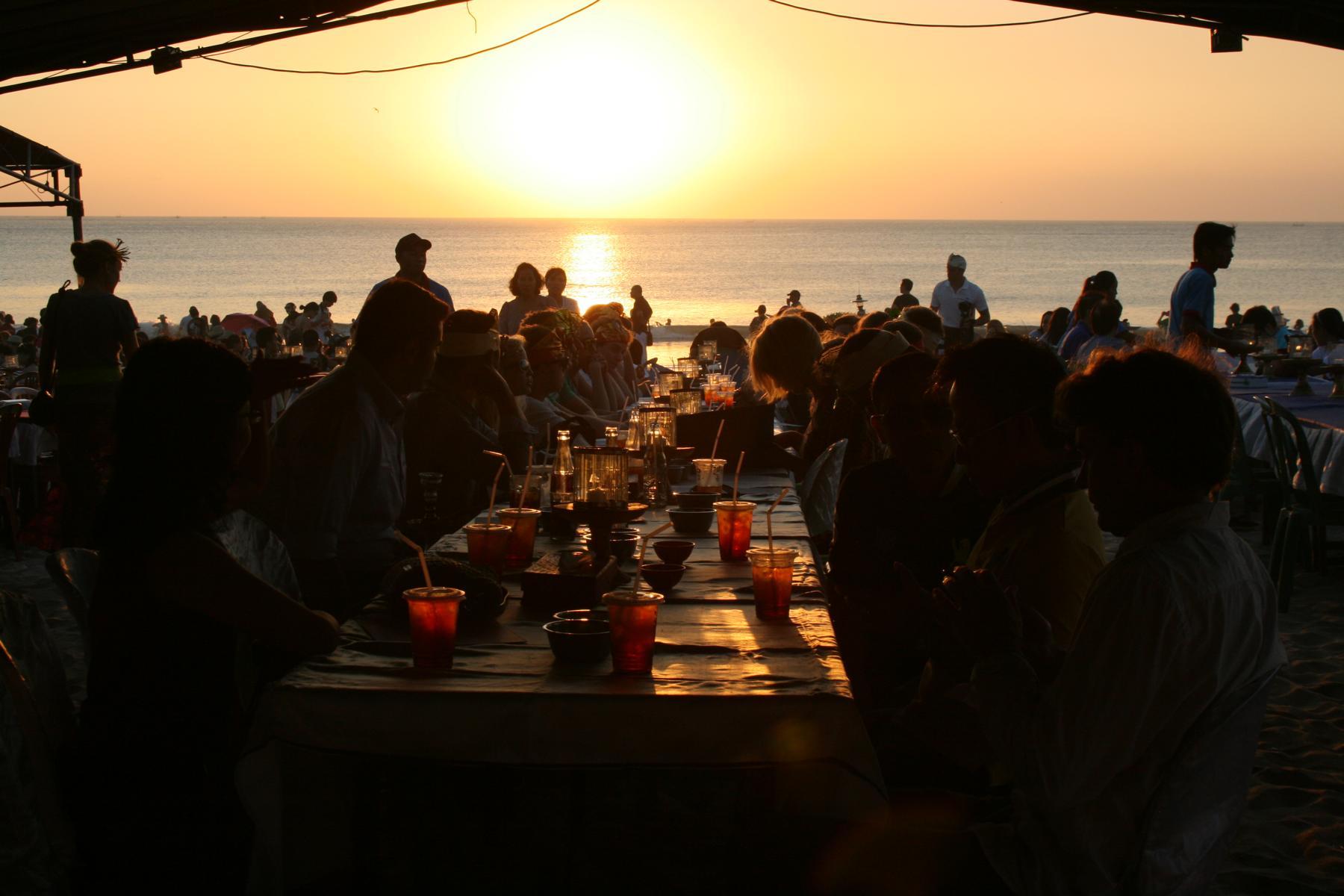 K1600_Welcome dinner Bali Auslandssemester 16